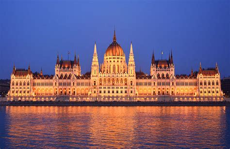File:Parliament Building, Budapest, outside